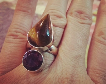 Tiger's Eye and Garnet Sterling Silver Bauble Style Ring Size 7