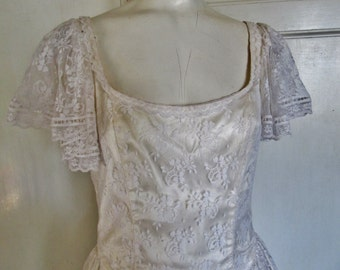 Vintage Gunne Sax Jessica McClintock White Lace Dress, Wedding Dress, Size 9, Made In USA, Ships Worldwide