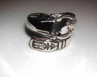 Adjustable handforged sterling silver engraved spoon thumb ring