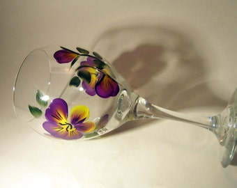 Hand Painted Pansy Wine Glass