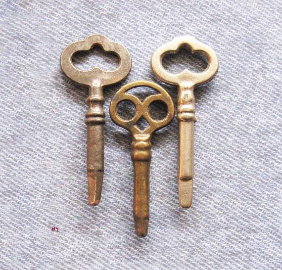 sewing machine key