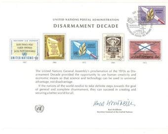 6 Vintage 1970's UNITED NATIONS POSTAL Administration Souvenir Cards