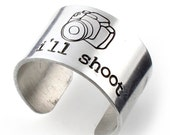 Photographer Ring - I'll shoot - Camera Ring in Aluminum - Wide Band Ring - Statement Ring