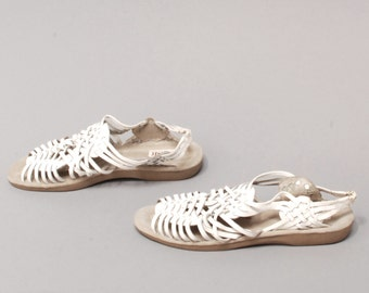 size 10 HUARACHE white leather 70s 80s WOVEN slip on WEDGE slingback sandals