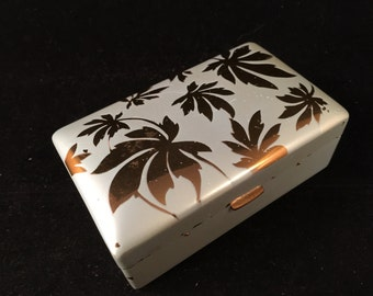 Vintage Metal Jewelry Box/Trinket Box/Treasure Chest from Elgin with Gold Leaves on Top