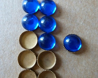 5 Vintage 7mm Sapphire Blue Glass Cab Cabochons with Settings C30