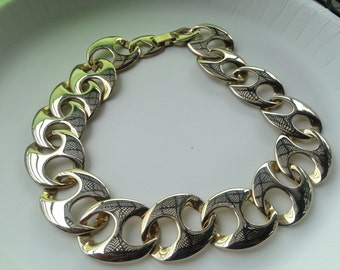 Vintage Chunky Gold Tone Metal Link Necklace