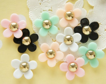 10 pcs (5 pairs)  Gold Centered Flower Cabochon (18mm) FL404