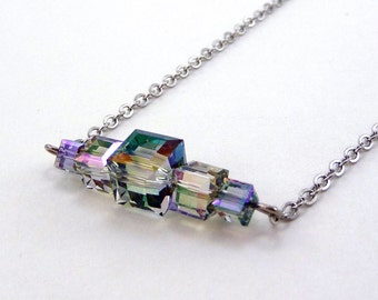 Green Crystal Bar Necklace, Simple Crystal Jewelry, Paradise Shine, Swarovski Crystals, Crystal Cube Pendant, Bridal Jewelry, Prom Jewelry