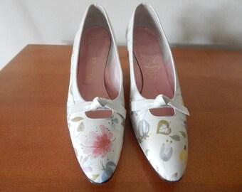 Floral heels | 1960s heels • vintage 1960s shoes 7.5 narrow