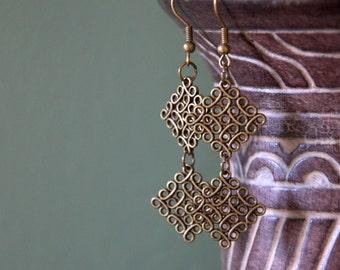 Irish Celtic knot long dangle earrings Valentine gift for her spring lucky jewellery bronze Birthday gift for her teen girl spring summer
