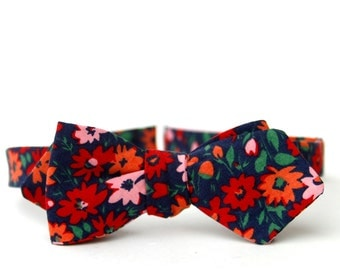 navy floral freestyle bow tie