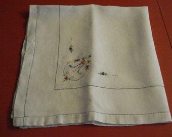 Vintage Linen Tea Cloth - Tablecloth - Embroidered Bullion Roses