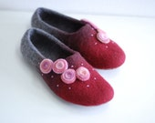 Wool slippers/ home shoes INA in wine red with pink flowers- Made to order, custom colors, any size