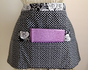 Vendor Waist Apron Craft Art Teacher iPad Black White Hearts Flowers Fabric (4 Pockets)