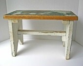 Vintage 1940 Rustic Wooden Farm Foot Stool, Small Bench in Old White and Green Scrubbed Worn Paint, Cottage Chic Decor, Plant Bench