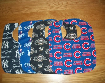Cotton  Baby Bib (Chicago Cubs, Milwaukee Brewers, Los Angeles Dodgers or New York Yankees)
