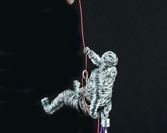Magnet Climber