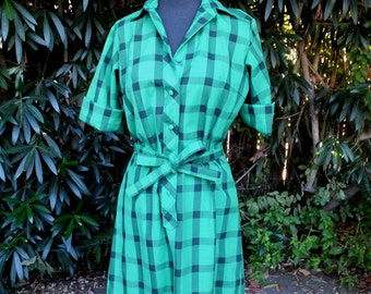 Vintage 1970s/80s Green and Black Plaid Dress by Lady Bayard / size 9/10 / Shift or Shirt Dress