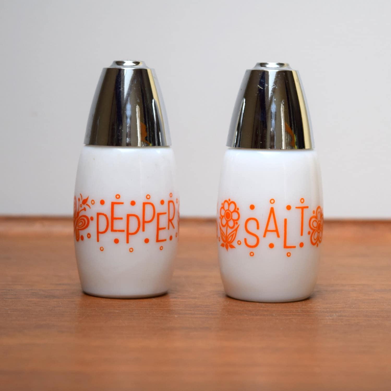 vintage milk glass salt and pepper shakers orange butterflies. Black Bedroom Furniture Sets. Home Design Ideas