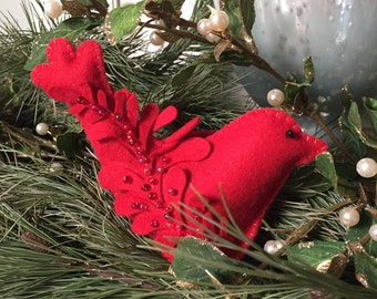 Pincushion Kit, Pure Wool Felt, Red Bird, Felt DIY Kit, Needlework, Beading Project, January Birthday, Ruby Red, Valentine Gift, Cardinal