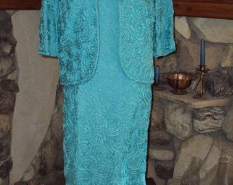 Plus size Vintage 1960s size 2 Piece Dress & Jacket