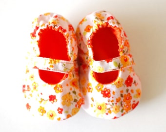 LIBERTY baby girl shoes, mary jane baby booties with soft sole, newborn shoes, baby shower gift