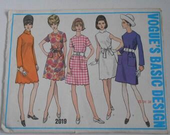 Vintage 60s Basic A Line Dress Pattern Vogue 2019 Size 12 Bust 34 UNCUT