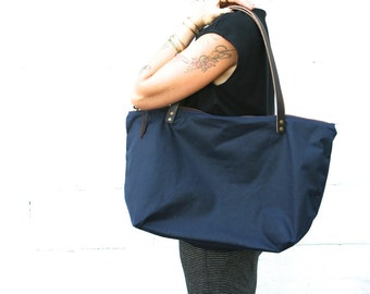 Waxed Canvas Market Bag with Zipper, Travel Bag