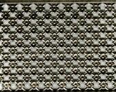 Steel Daisy Crosshatch Banding