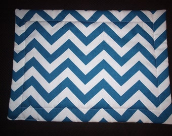 Set of 4 Turquoise Chevron Placemats