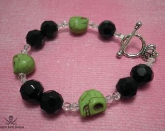 Green and Black Chunky Bead Skull Bracelet
