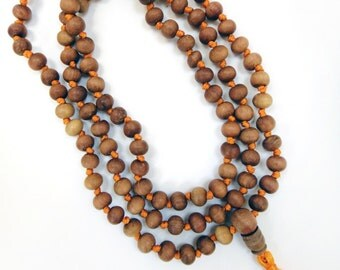 Naturally Aromatic 9.5mm Knotted Sandalwood Mala