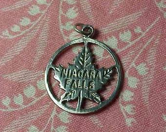 Vintage Sterling Niagara Falls Canada Maple Leaf Travel charm
