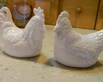 Ceramic  Chicken  Hen rooster cake topper or wedding decoration  home or garden   Vintage Design
