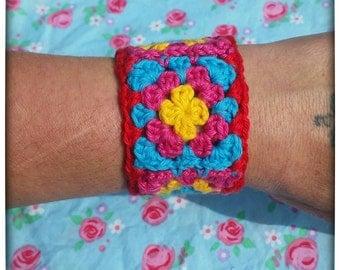 Granny chic crochet bracelet, crochet cuff, wide crochet bracelet, boho chic