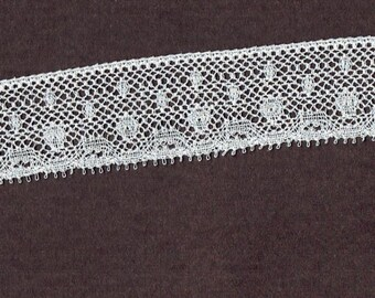 1 inch wide WHITE cotton lace trim 10yds (B39)