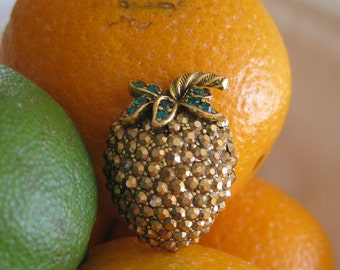 Weiss Brooch Pin Strawberry Aurum Gold Rhinestones Signed