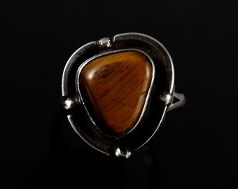Size 6.5 Vintage Sterling Silver Tigers Eye Ring