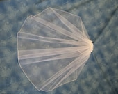 White First Holy Communion Veil on Headband One Tier with Pencil Edge 23 Inches Long 20909