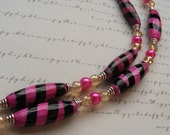 Make Me Blush-stone glass and pearl necklace, pink and black, 19 3/4 inches or 50 cm