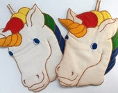 ZAK! DESIGNS UNICORN potholders, pair of kitschy Unicorns, vintage 1980s, unused, good vintage condition, kid appeal, maker's mark, set of 2