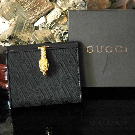 Join Luxury Society