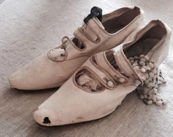 Victorian Shoes, Victorian French, Shabby, French.