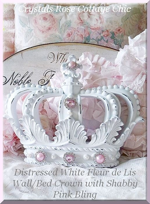 distressed white shabby chic fleur de lis wall bed crown. Black Bedroom Furniture Sets. Home Design Ideas