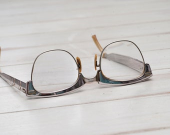 1950's Vintage SHURON Aluminum Eyeglass Silver Retro Cat Eye Glasses. Futuristic