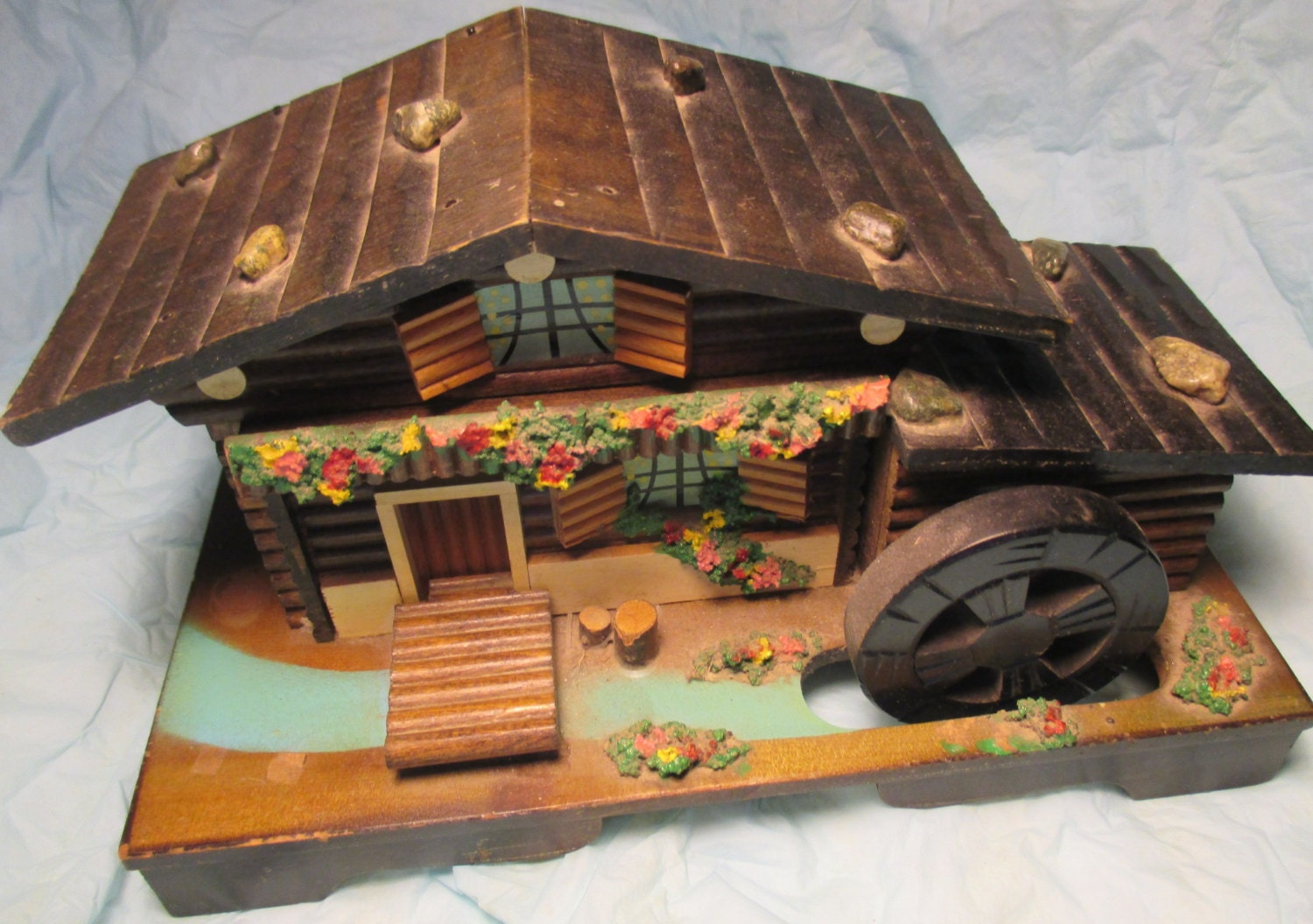 vintage swiss chalet log cabin music jewelry box plays the