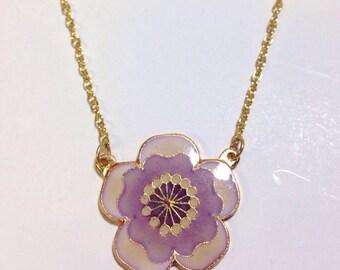 Vintage 1980s lavender flower necklace