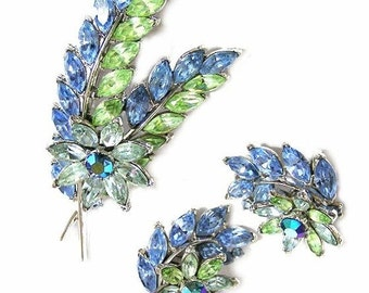 Trifari Pastel 1950's Floral Brooch and Earring Set