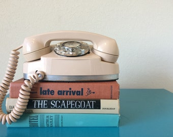 Vintage Brook Tel Princess Telephone Rotary Dial